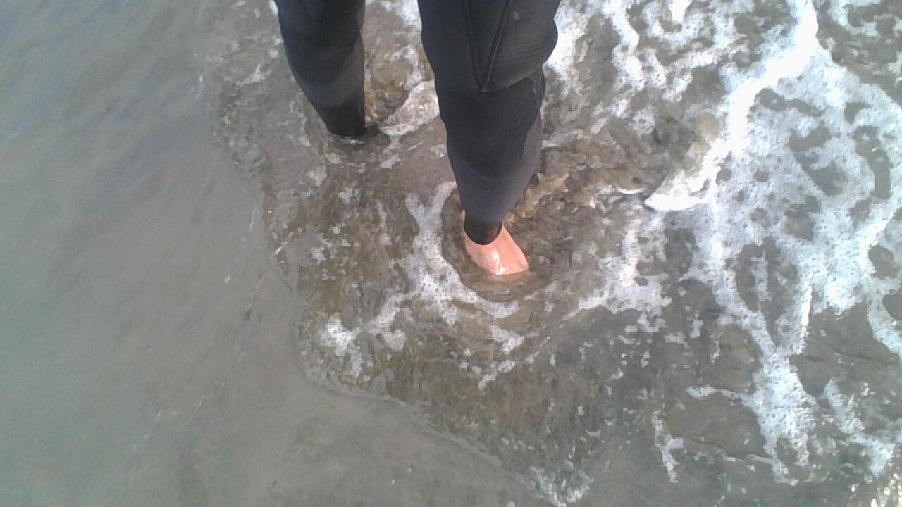FeetWet2